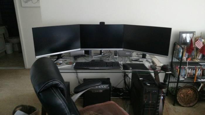 My Desk 1.jpg