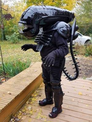 alien full body2018.jpg